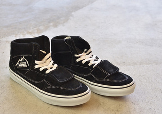 VANS-MT.EDITION-BLACK1.jpg