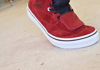 VANS-MT.EDITION-RED3.jpg